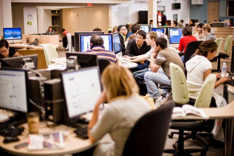 Convocatoria de Estancias Profesionales para Centros de Acogida