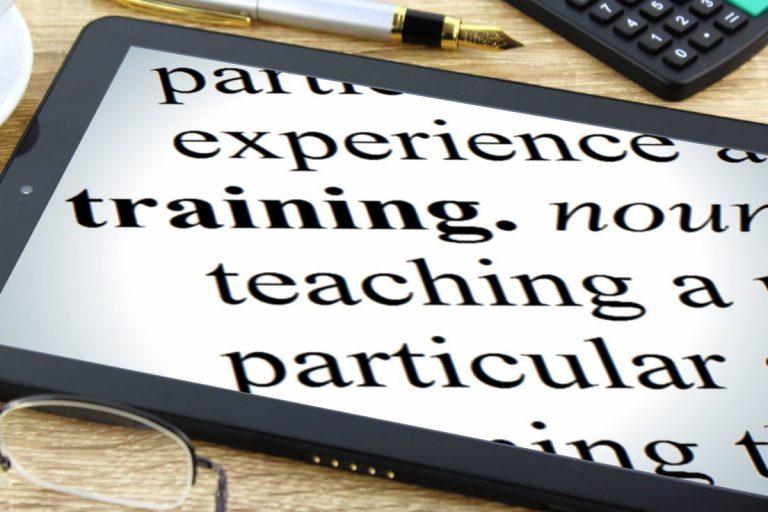 Formación europea para responsables/coordinadores TIC en centros educativos