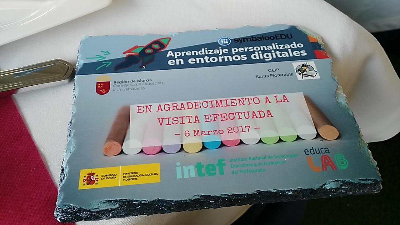 Personalización del aprendizaje apoyado en tecnología. Primer año de Convenio MECD-SymbalooEDU