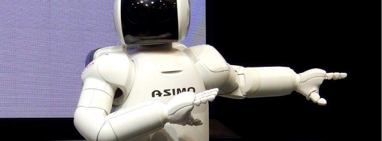 Coreografía de baile con robots programables