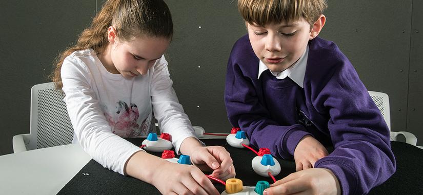 Programar sin ver. Los niños con déficit visual aprenden programación.