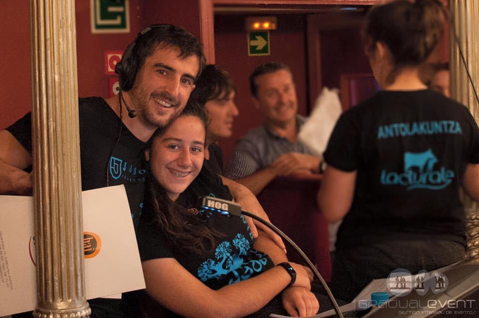 Imanol (director) y Maide (alumna encargada del sonido)