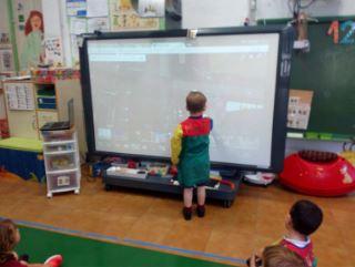 El uso de la pizarra digital en el aula por los alumnos de 3 años