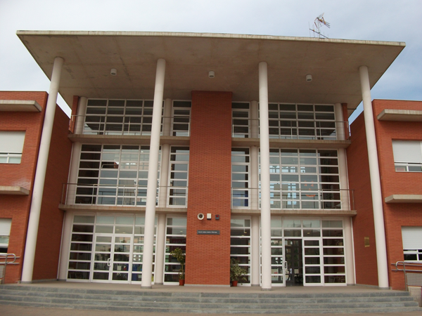 Entrada principal del CEIP Isidoro Andrés Villarroya de Castellón.