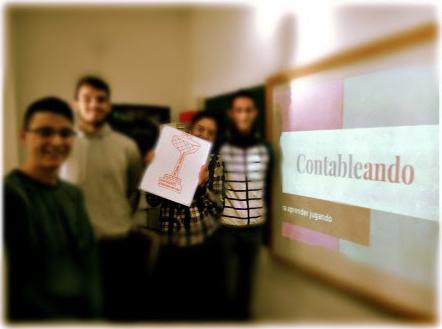 """Campeones de la 1ª Edición de """"Contableando"""". Curso 16/17."""
