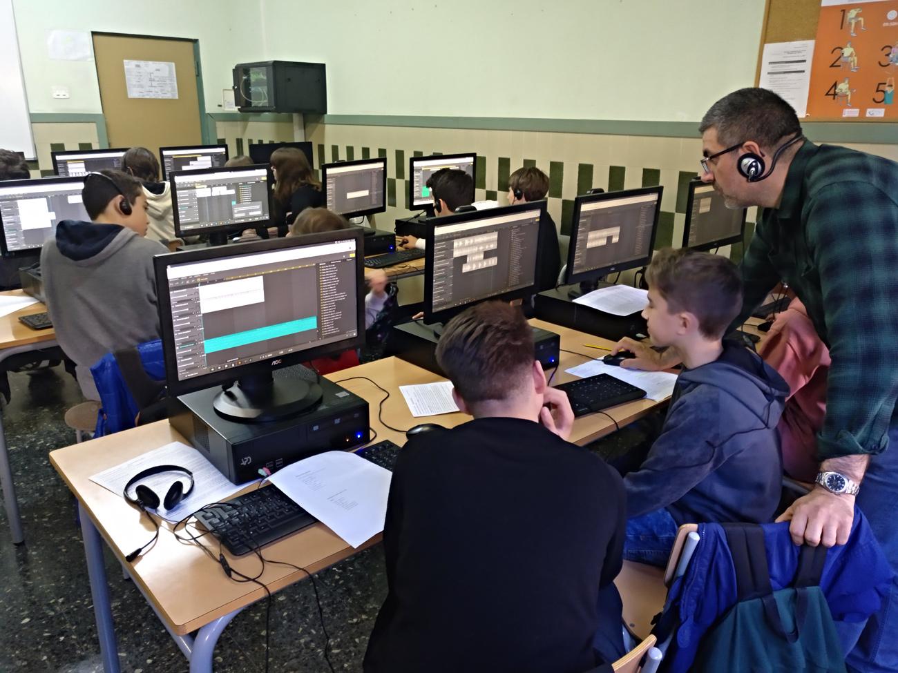 Trabajo en el aula con Soundation Studio.