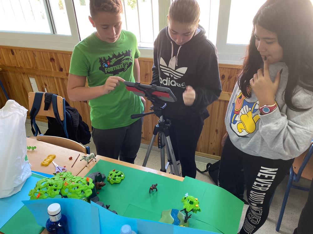 El alumnado comienza a familiarizarse con la aplicación stop motion Studio.
