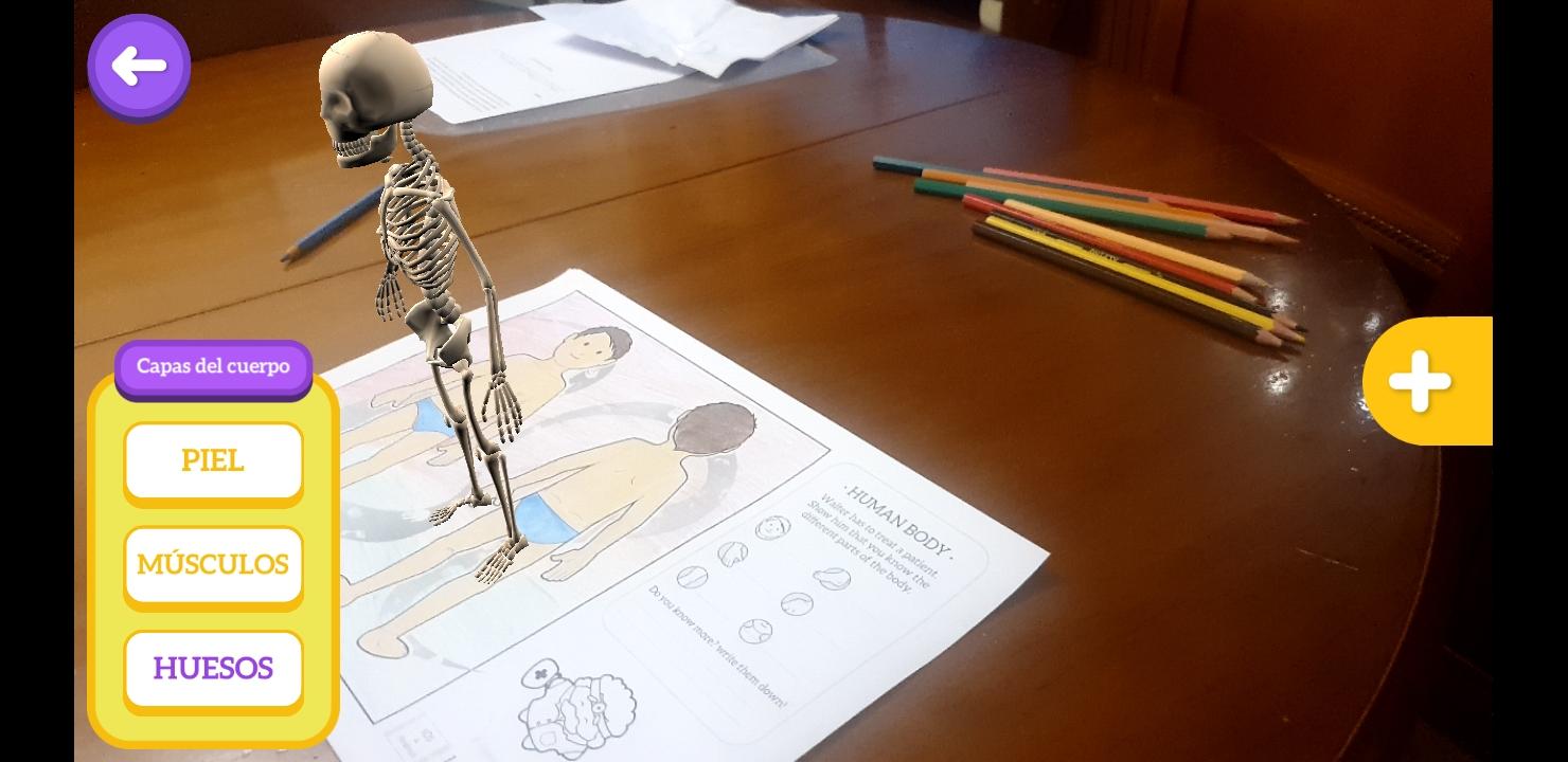 Imagen 9: Captura de pantalla de Chromville Science con la lámina del cuerpo humano en la vista ósea